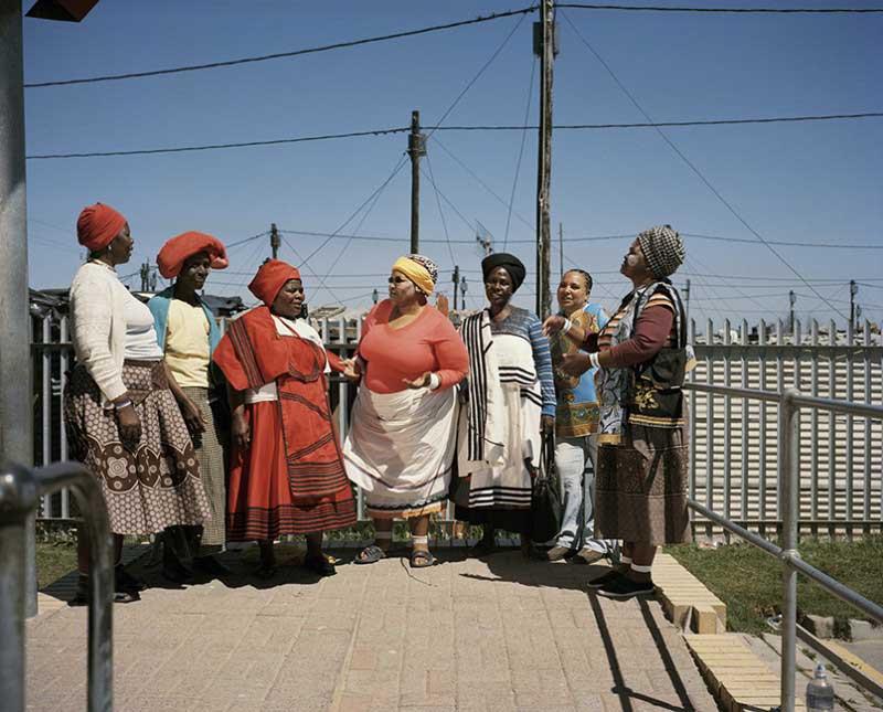 Regina Gingqishe, Nozitsetse Ghana, Sylvia Ntantiso, Eunice Magwa, Nowongile Swebe, NoyoseMntuyedwa. Dunoon, Cape town, 2014