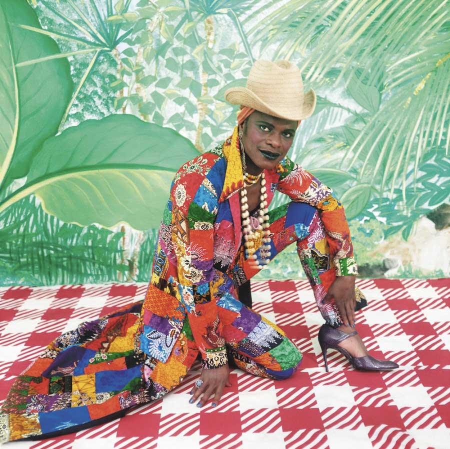Samuel Fosso, La femme américaine libérée des années 70, 1997. © the artist. Courtesy the artist and Jean-Marc Patras,  Paris.