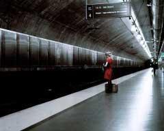 Thomas-Zanon-Larcher-Nora-Trainstation-II-Oslo-August-2006