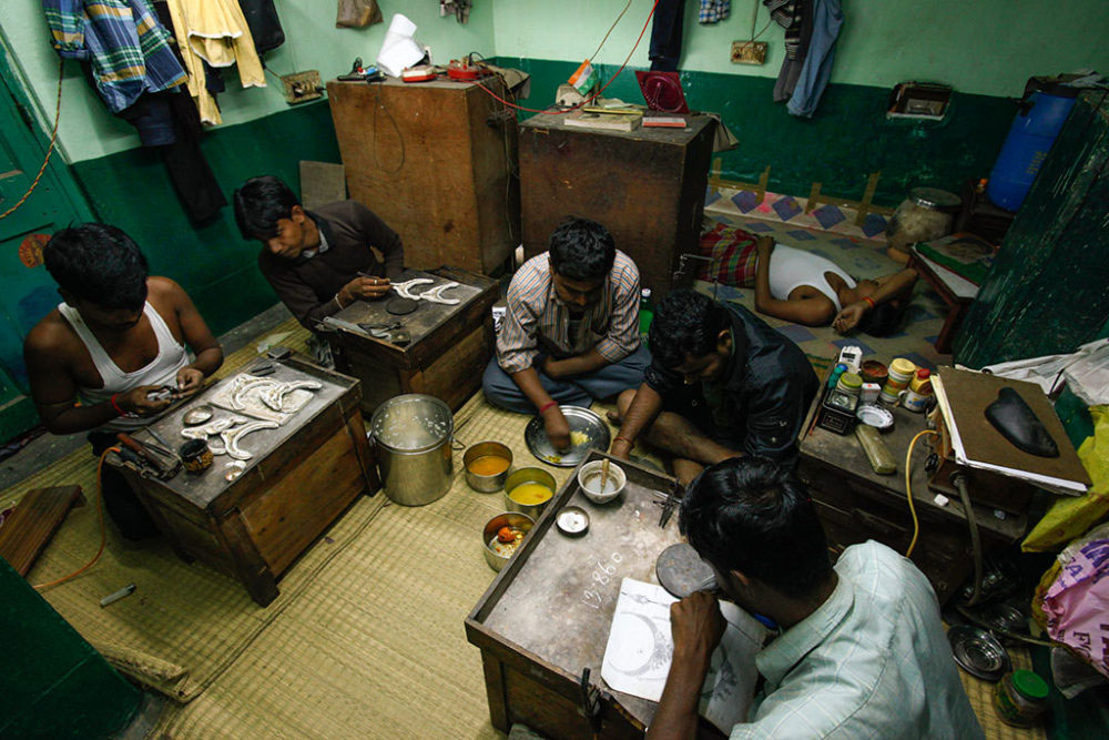 In the absence of separate or proper space for eating and resting, men eats and rest in the same small room