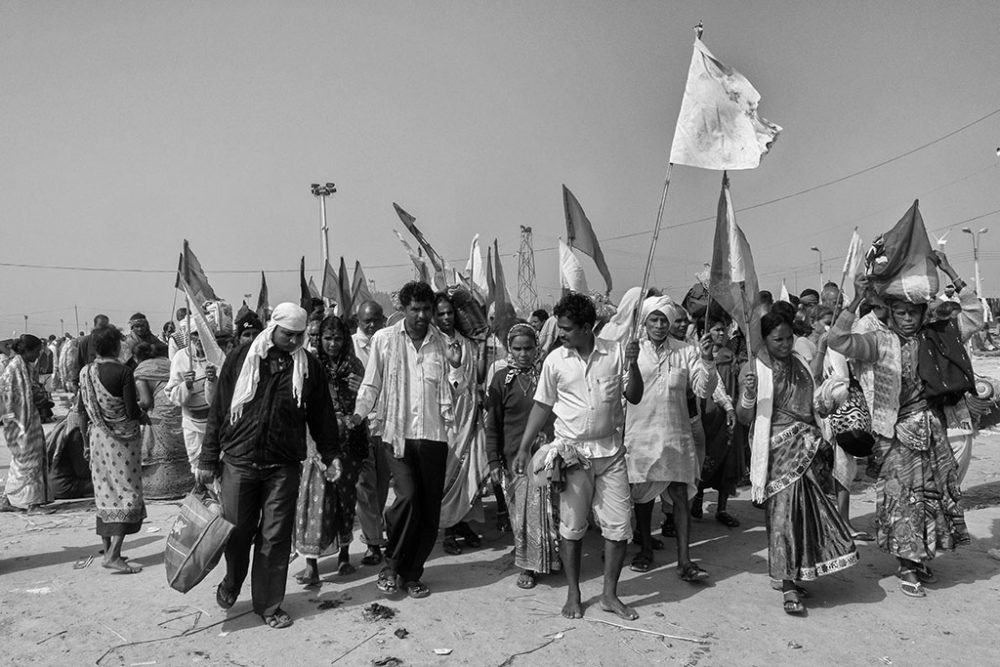 Ganasagar, West Bengal, 13th January'14 : Joyous mood of pilgrims after reaching the place, Bay of Bengal.