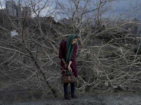 A portrait of Somayyeh, a 32-year old divorced teacher. © Newsha Tavakolian for the Carmignac Foundation