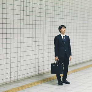 Osaka_salaryman_Kris-Van-de-Vijver
