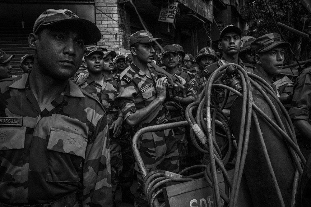 interruption a story from kolkata photo by indranil banerjee kolkata 31st 2016 n army has arrived and preparing for