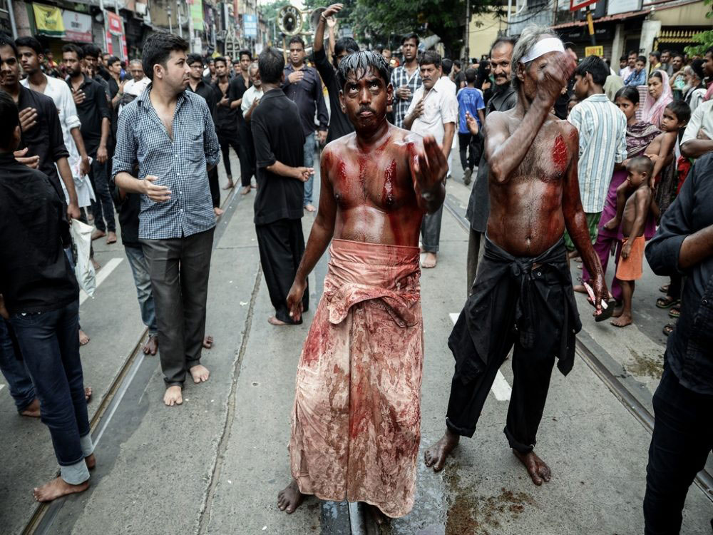 The Act of Mourning; Kolkata, India - Oct 2016