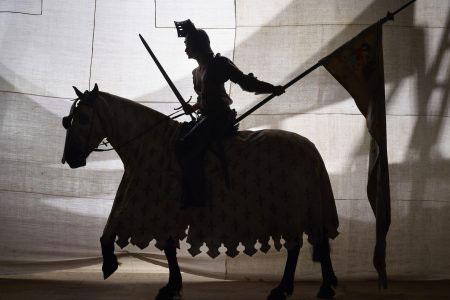 Charles Fréger, Jeanne à cheval, série L'Epopée de Jeanne d'Arc, 2016 © DR